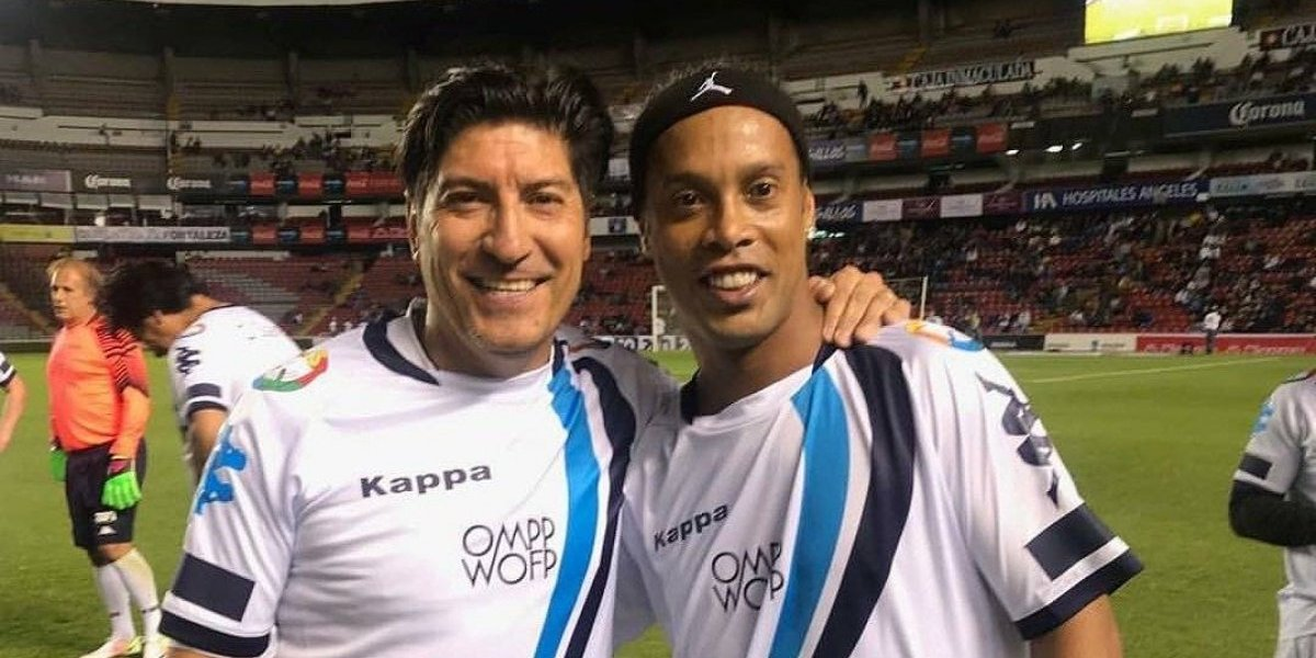 """Iván Zamorano y Ronaldinho fueron los genios del """"Partido por la Paz"""" en México"""