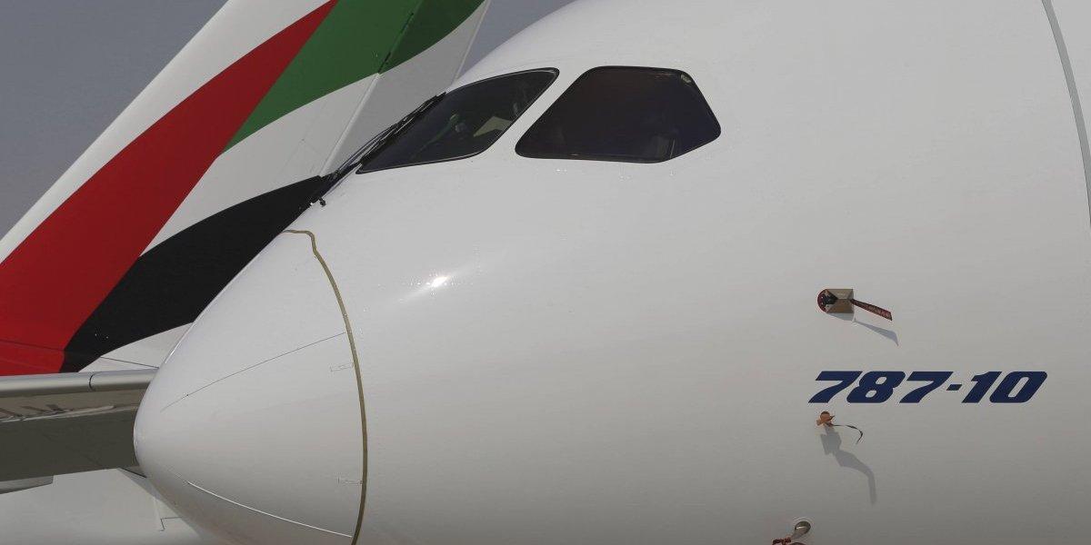 Aerolínea Emirates gasta 15,000 millones en 40 aviones Boeing 787