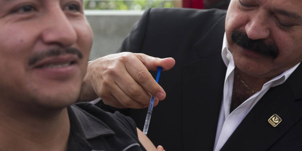Gobierno de la CDMX ha aplicado más de 300 mil vacunas tras el sismo