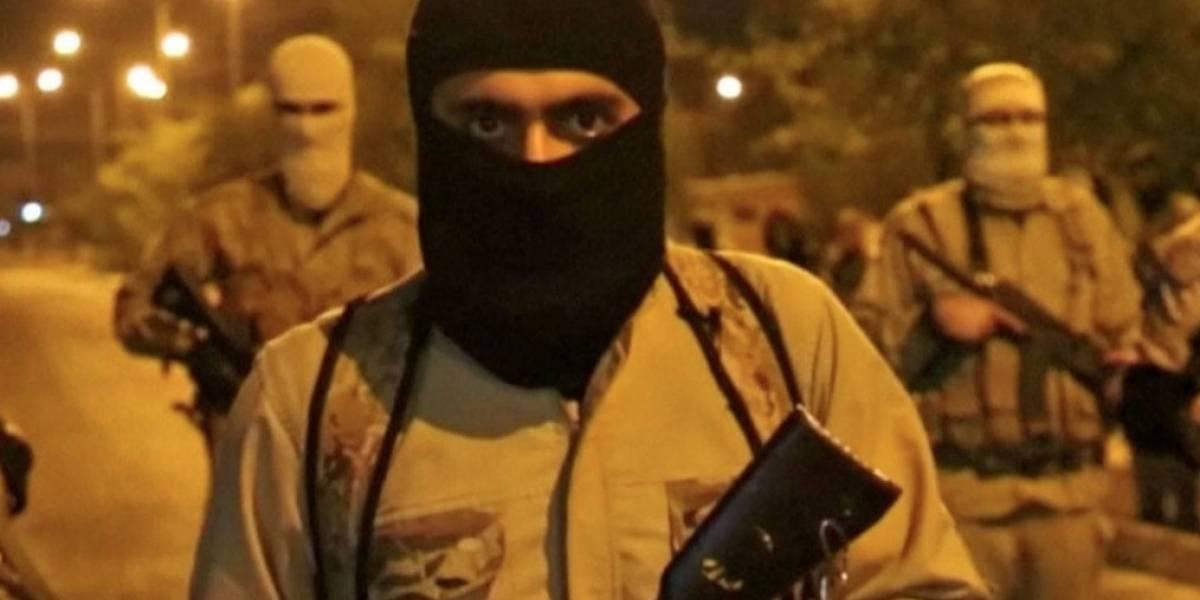 Fosas comunes dejadas por el Estado Islámico en Irak podrían tener hasta 400 muertos