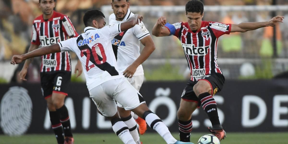 São Paulo segura empate com o Vasco em São Januário