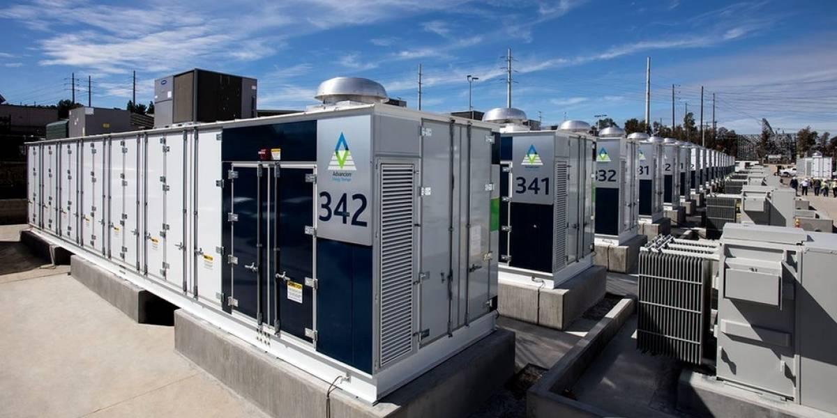 Cómo es la batería de litio más grande del mundo y a cuántos hogares puede darles energía en Estados Unidos