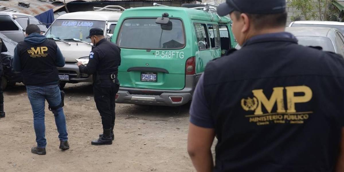 Localizan microbús involucrado en accidente que dejó dos muertos en el Atlántico