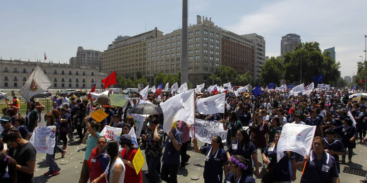 Trabajadores del sector público anunciaron movilizaciones y Confusam paraliza este martes