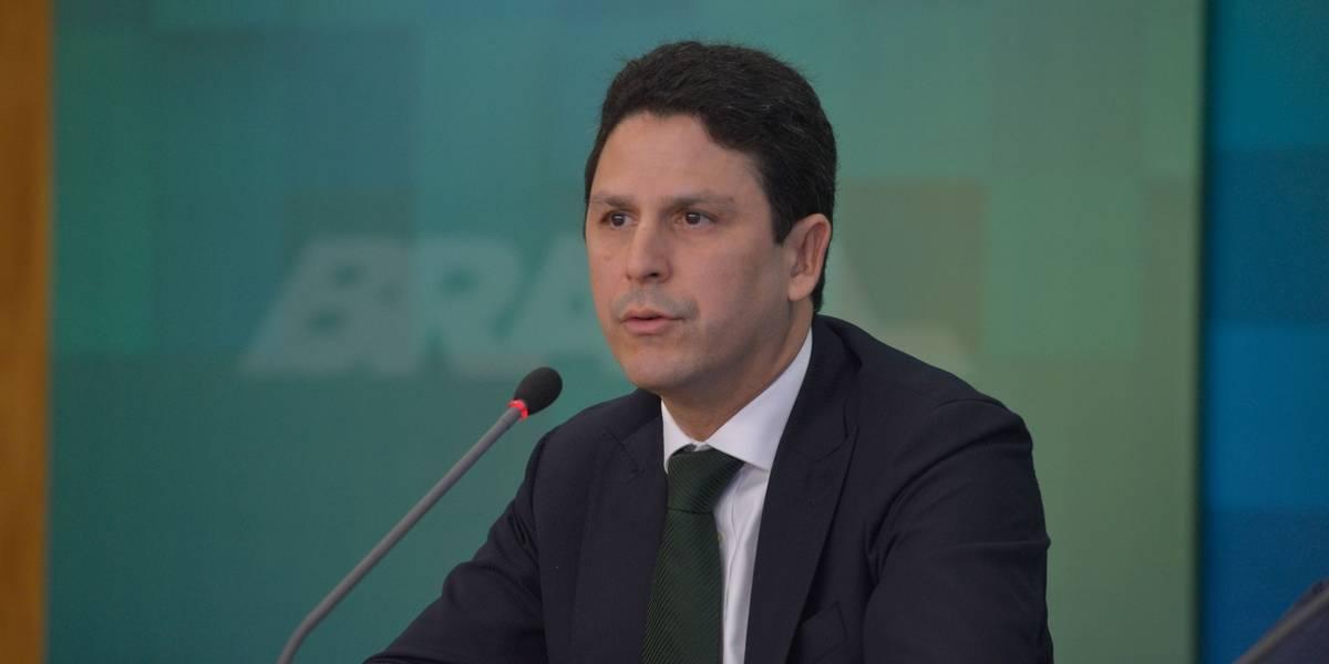 Em carta a Temer, Bruno Araújo diz que não há mais apoio para prosseguir na Pasta