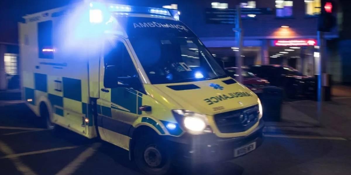 """""""Están salvando vidas pero no bloquees mi auto, idiota"""": del odioso mensaje que encontraron paramédicos en su ambulancia"""