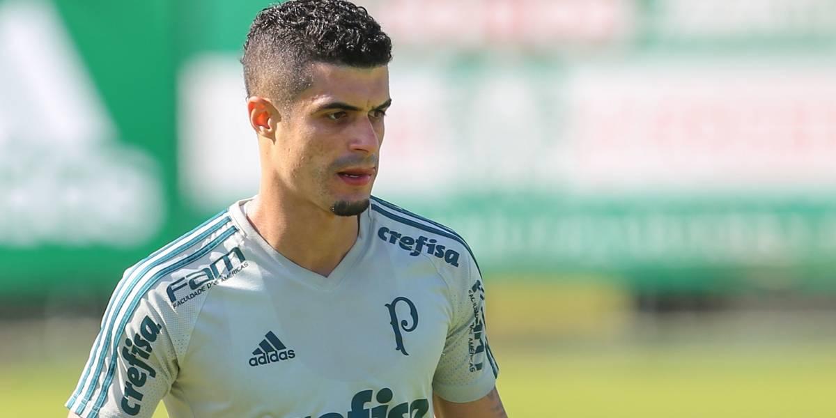 Egídio volta a treinar no Palmeiras depois ter recebido licença