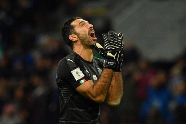Buffon le pone fin a su carrera en Italia de la peor forma / imagen: Getty Images