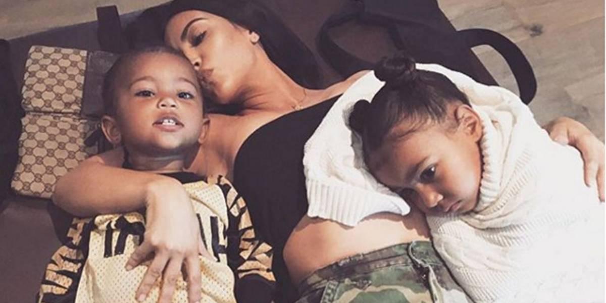 Kim Kardashian conta dificuldades no parto que resultaram na contratação de barriga de aluguel