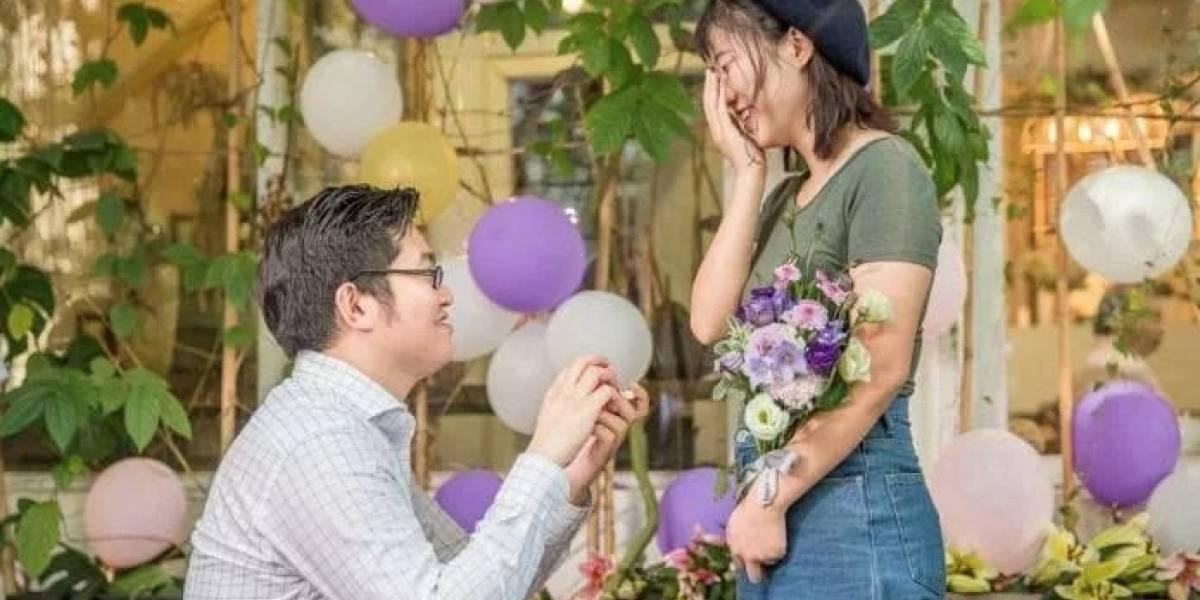 Chinês gasta R$ 82 mil na compra de 25 iPhones para pedir namorada em casamento