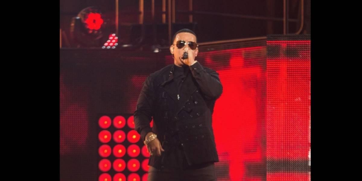 """""""Vuelve"""" de Daddy Yankee y Bad Bunny"""