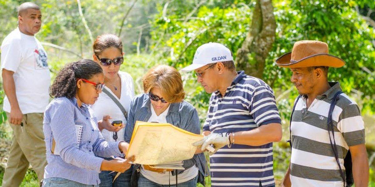 Servicio Geológico RD y la Mescyt inician estudio sobre humedales del Río Ozama