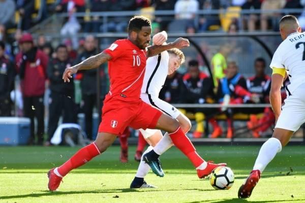 Perú y Nueva Zelanda jugarán el miércoles / imagen: AFP