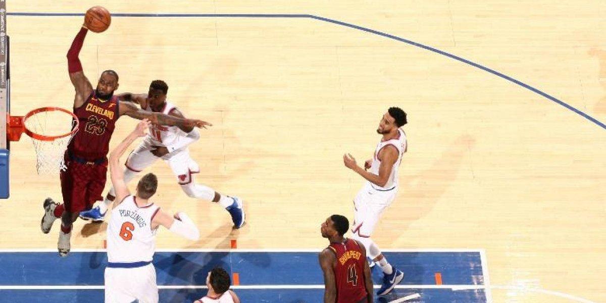 LeBron James lideró una espectacular remontada de Cleveland en New York