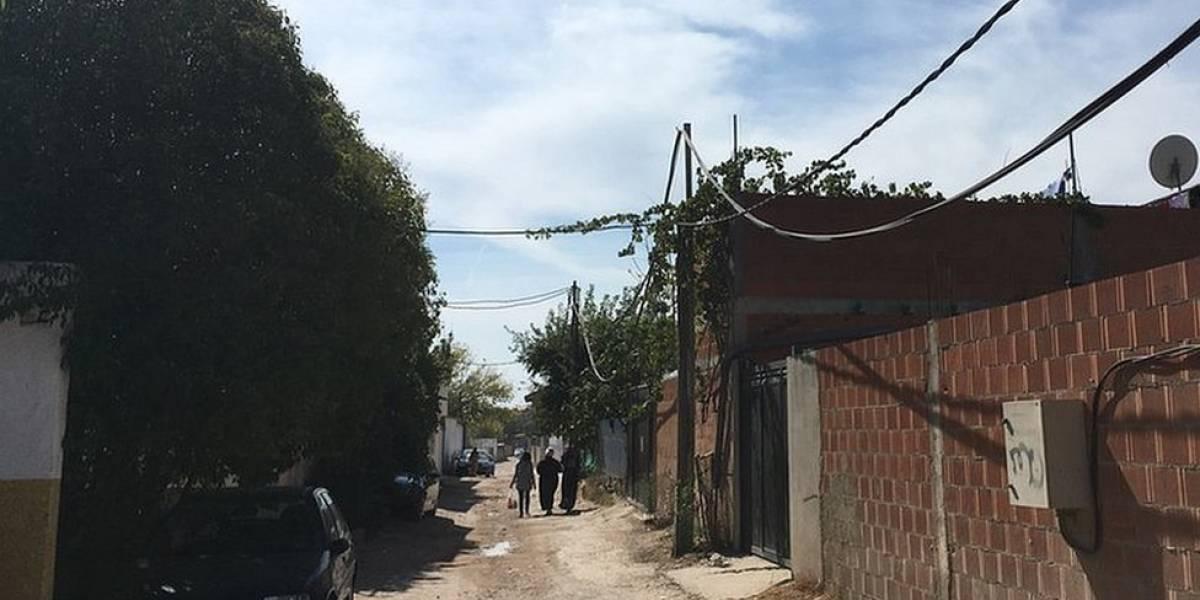 """""""Es un estigma vivir en la Cañada Real"""": cómo es el asentamiento ilegal que tiene más de 7.000 vecinos en Madrid"""