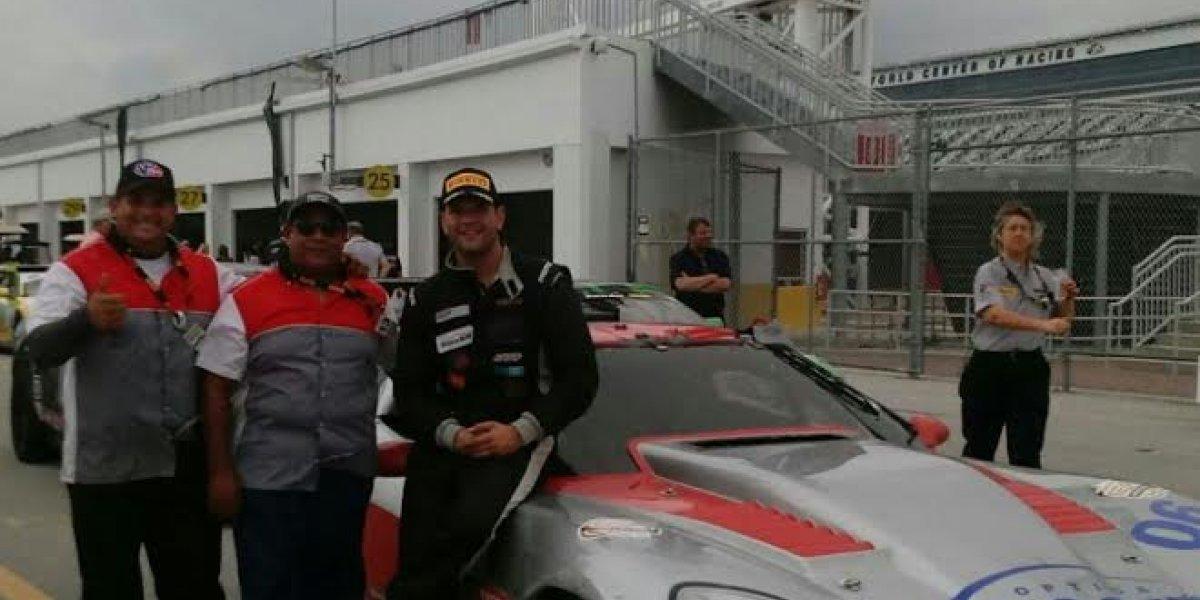 El piloto RJ Lopéz se alza con el segundo lugar en Trans Am Daytona