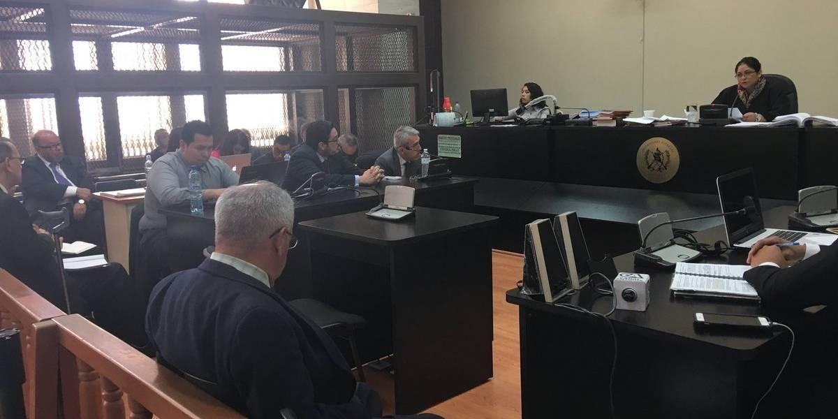 Jueza otorga medidas sustitutivas a sindicados en el caso Banco de Comercio