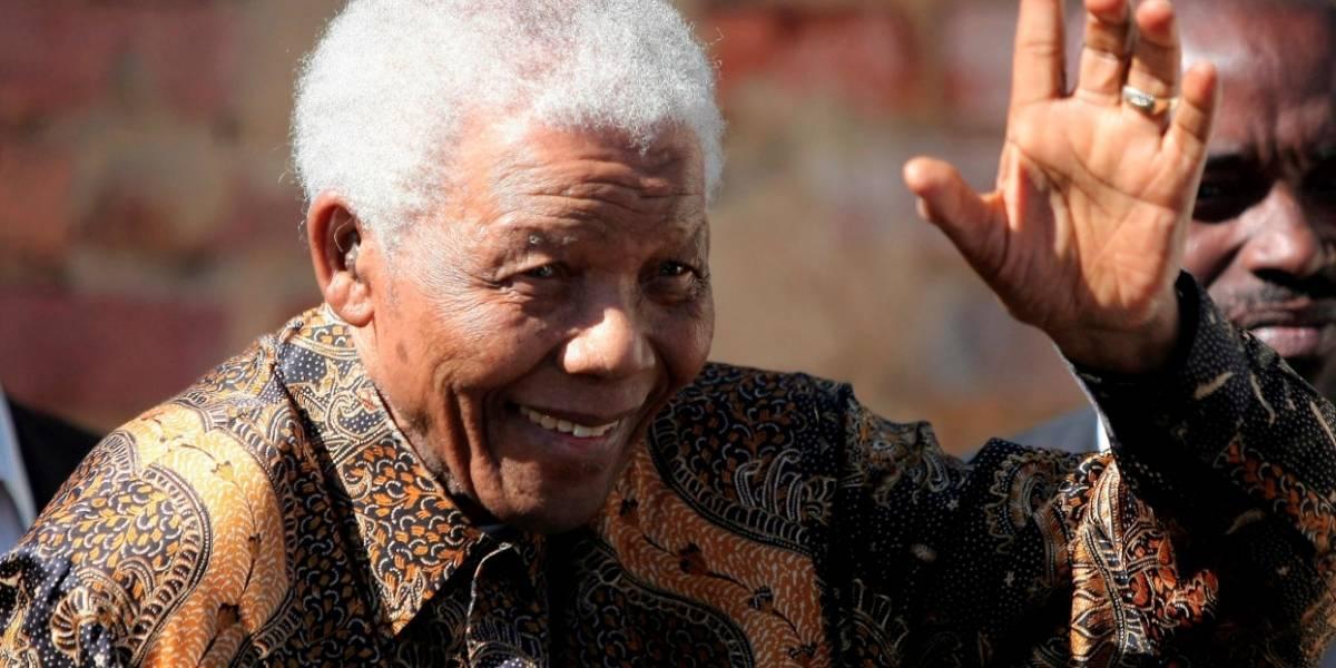 Biógrafo de Nelson Mandela visita Colombia