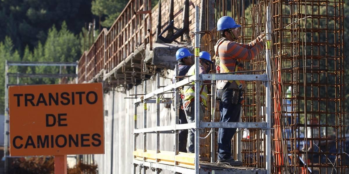 Empleo en construcción sigue a la baja: disminuyó casi 5% en septiembre