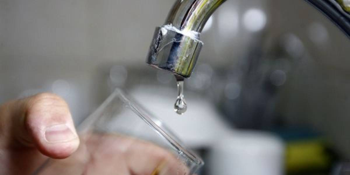 Se anuncia suspensión de agua en 14 barrios de San Antonio de Pichincha