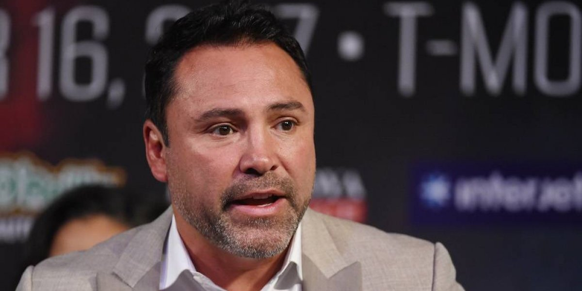 Oscar de la Hoya volvería al boxeo solo si el rival es Conor McGregor