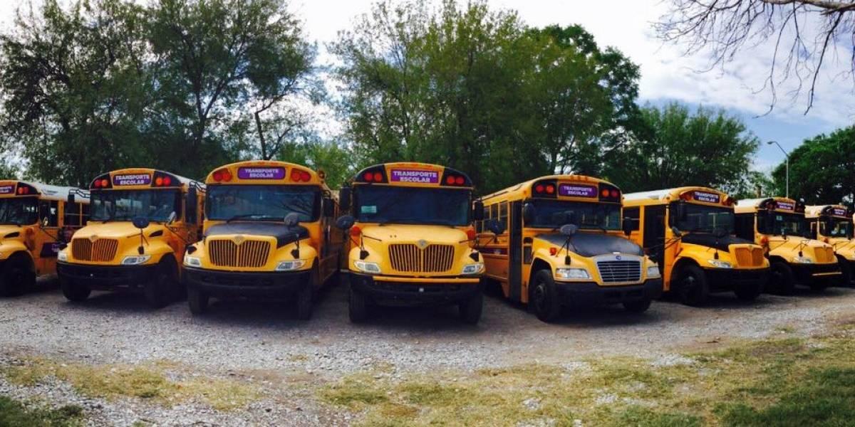 'El Bronco' entrega 70 unidades de transporte a escuelas rurales de Nuevo León