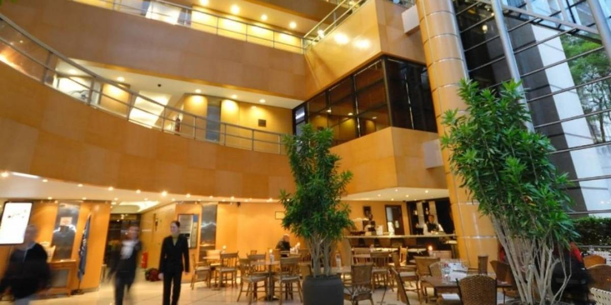 Grupo de criminosos invade hotel de luxo nos Jardins