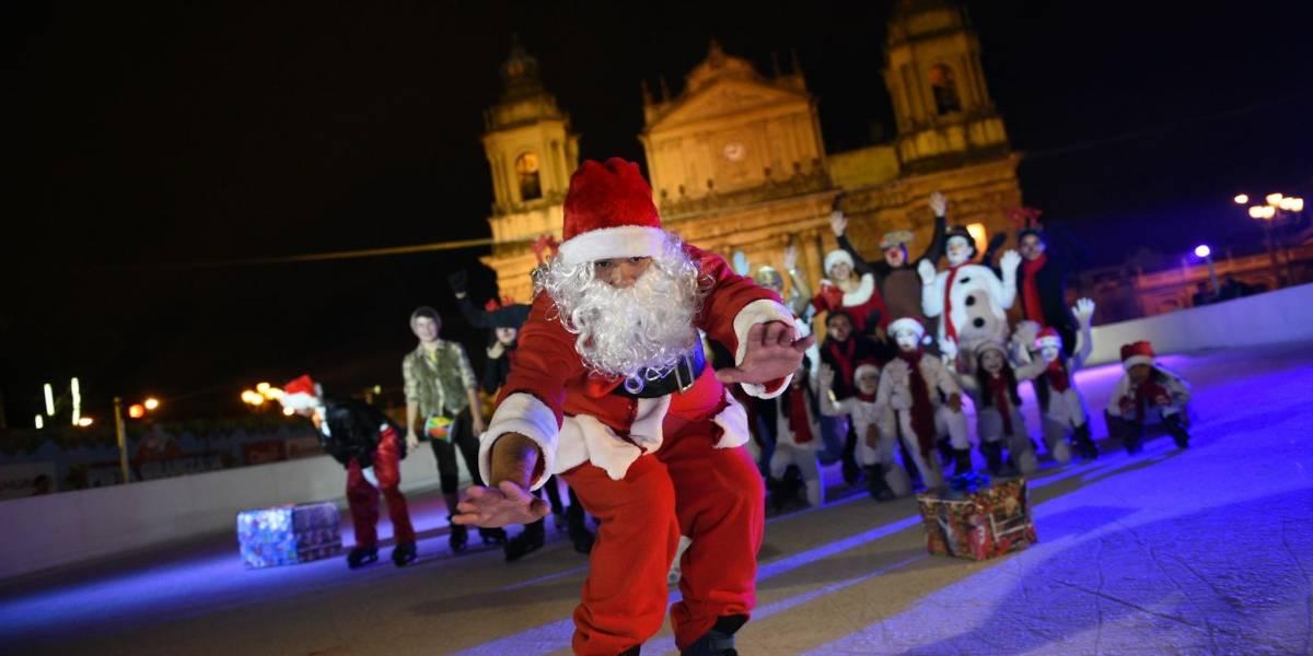La Plaza de la Constitución se transforma de nuevo en parque temático navideño