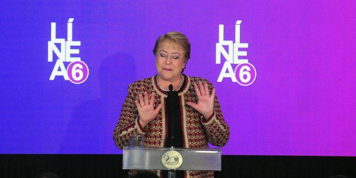 Proponen cambio de nombre para la estación del Metro Los Leones: quieren que se llame Michelle Bachelet