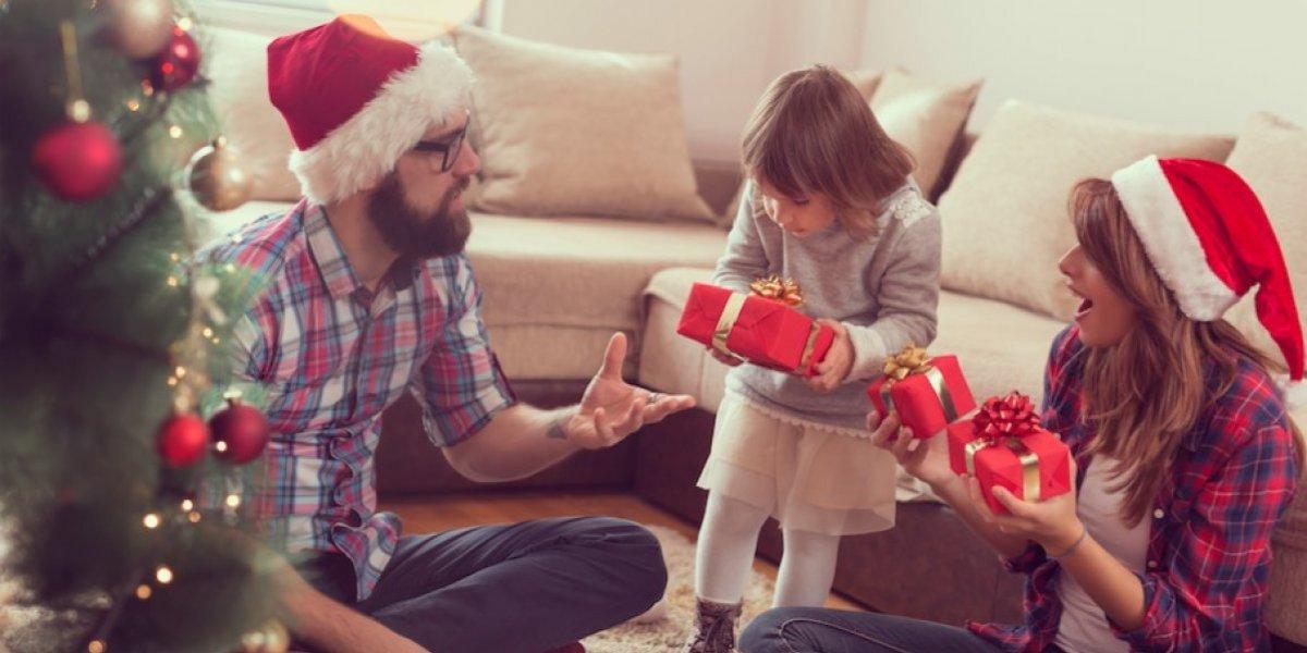 Los regalos que buscabas pueden estar en el catálogo navideño de Avon