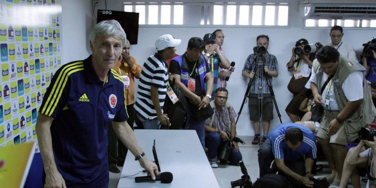 Periodistas colombianos fueron maltratados en China, por ausencias de la Selección