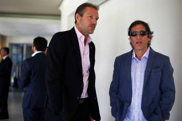 José María Buljubasich suma cinco títulos con la UC como gerente deportivo. Tres de ellos han sido con Mario Salas como DT / Foto: Photosport