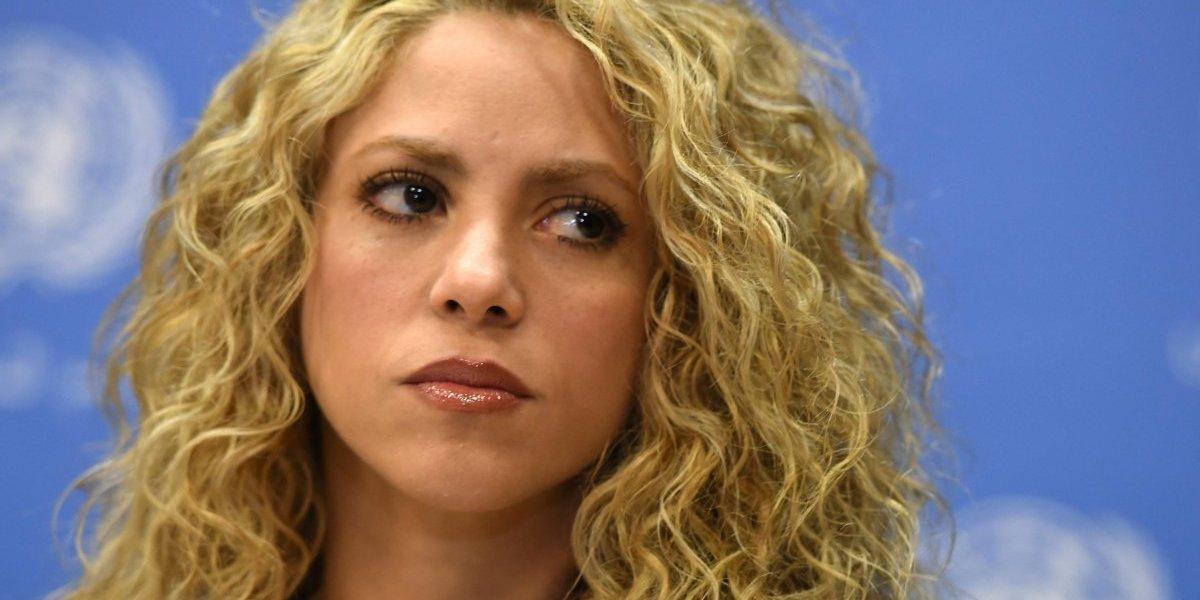 """Shakira confiesa que """"su pesadilla continúa"""" y pospone su gira mundial hasta el 2018"""