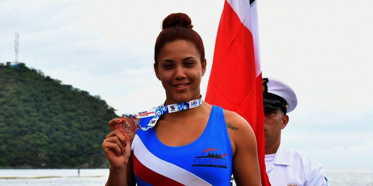 Wendy Simó, gana bronce remo abierto Juegos Bolivarianos