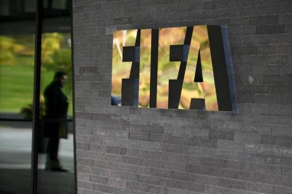 EL escándalo de la FIFA crece y crece / imagen: AFP