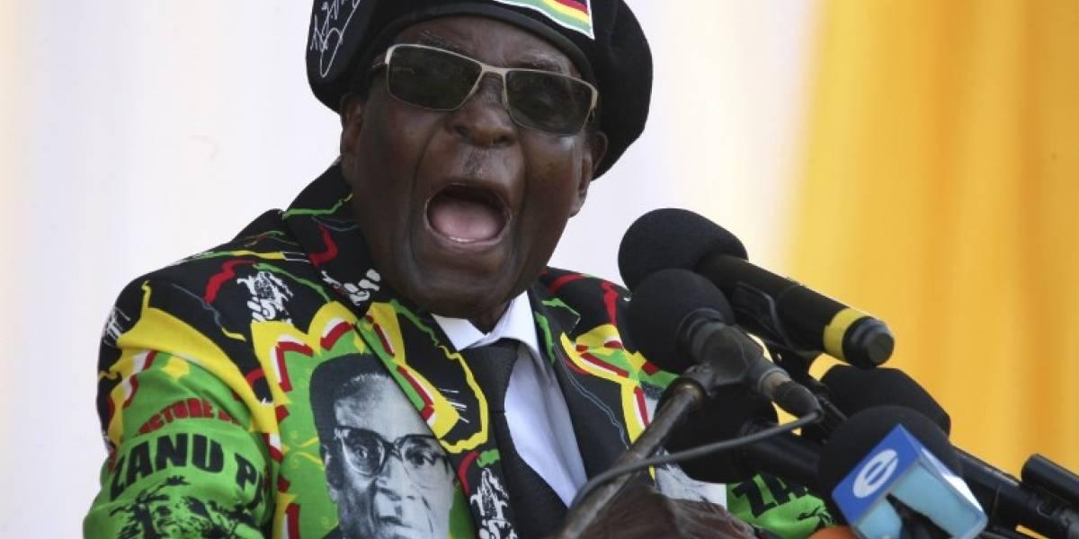 Mugabe, el presidente de Zimbabue: de libertador a vivir entre la corrupción, las violaciones a los DDHH y los lujos de su esposa