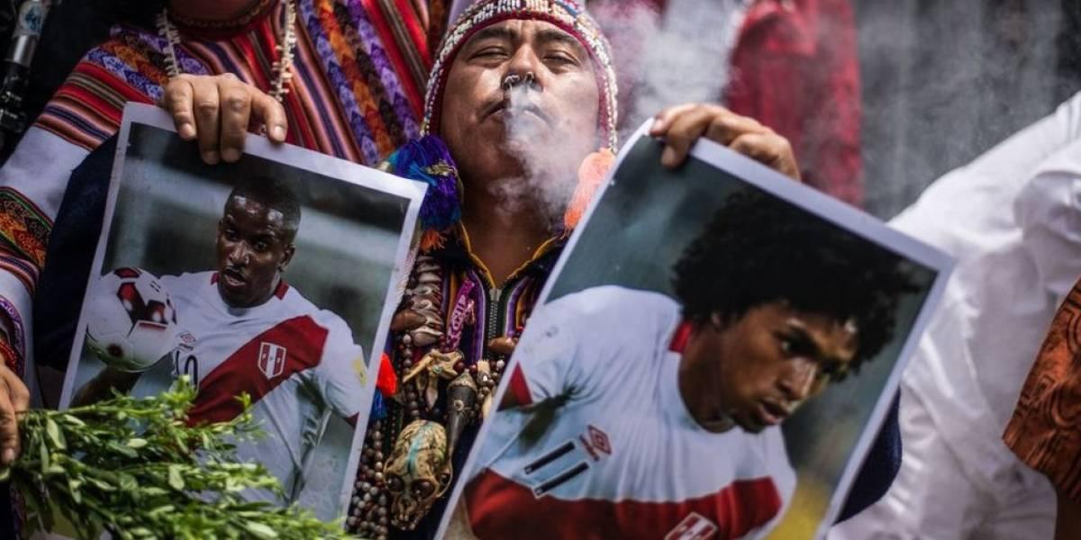 Retrasos, cohetes y maldiciones: ¿le está jugando Perú trucos sucios a la selección de Nueva Zelanda en la víspera del repechaje?