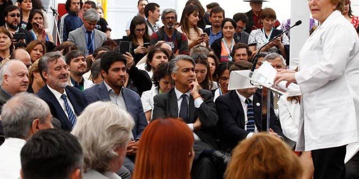 Piñera y Guillier se enfrentan por acusaciones de intervencionismo electoral del gobierno