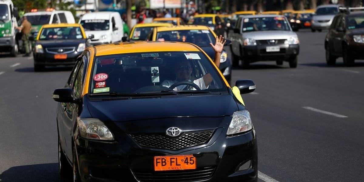 Comparan carreras de Uber, Easy Taxi, Cabify y taxis básicos: adivine quién gana