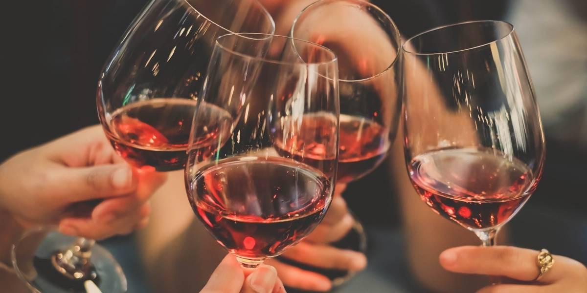 """""""Black & Wine"""", una cata de vino a beneficio de la Aldea Montúfar Sacatepéquez"""