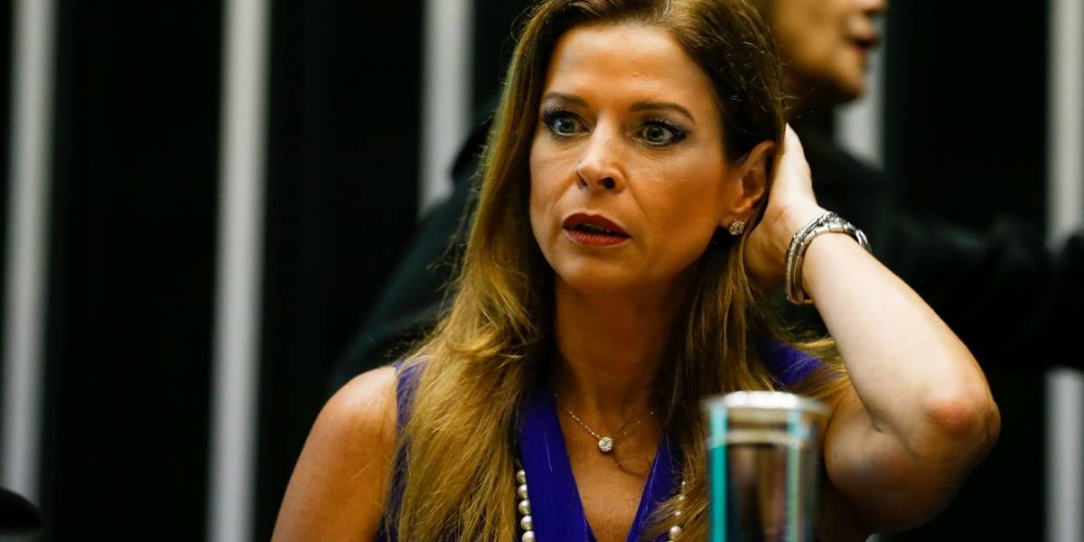 Claudia Cruz, mulher de Cunha, será julgada em maio pelo TRF-4