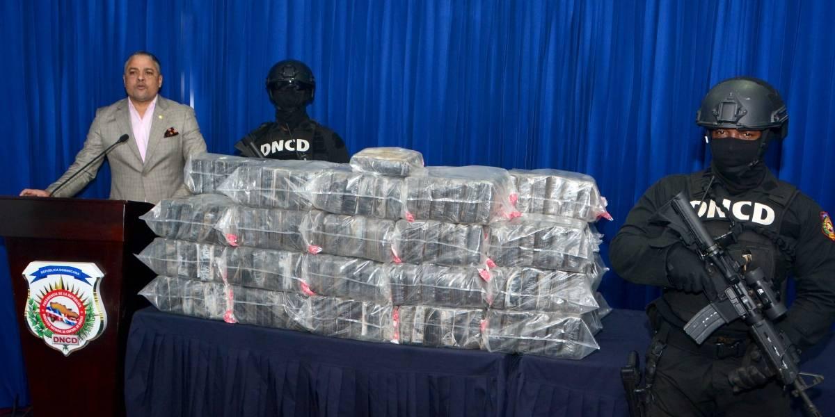 La DNCD incauta 229 paquetes de cocaína en la provincia Hato Mayor