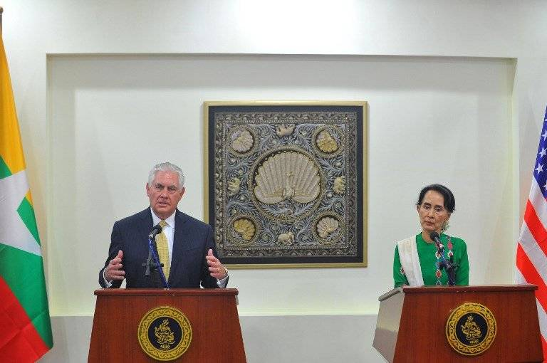 Rex Tillerson y Aung San Suu Kyi