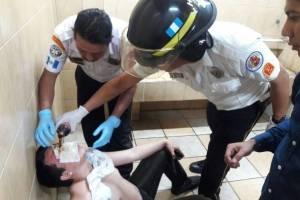 Personas rociadas con gas pimienta en USAC