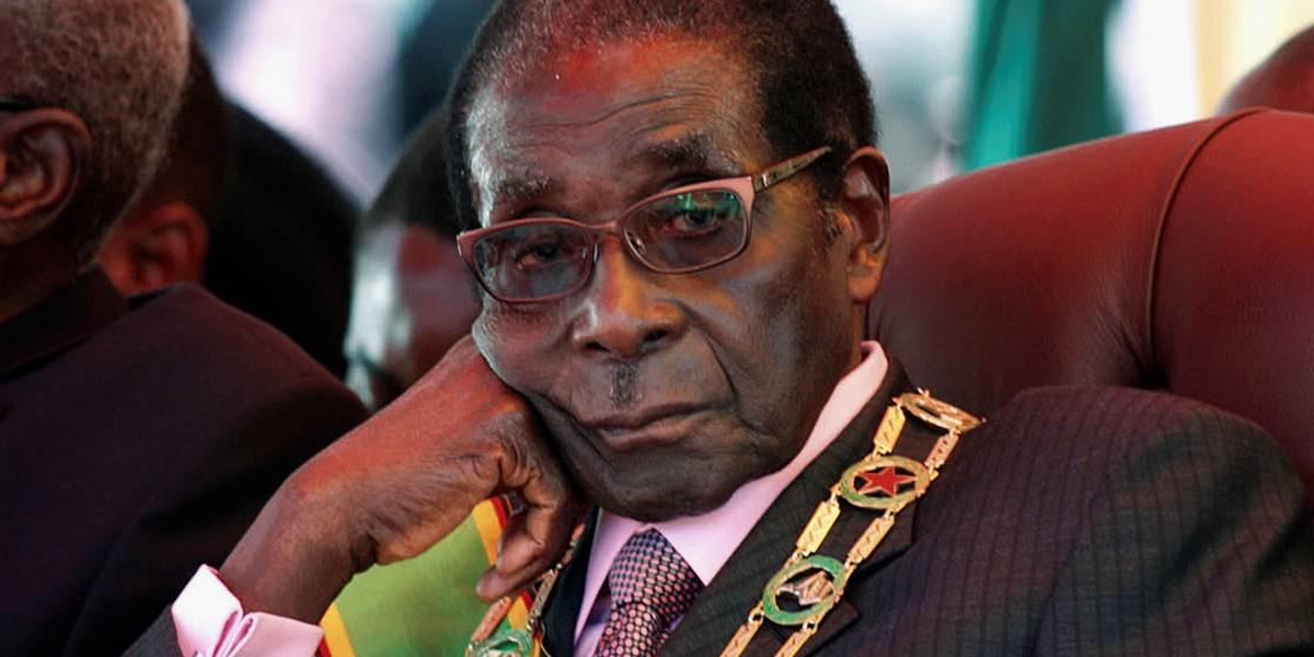 Mugabe cai depois de 37 anos no poder