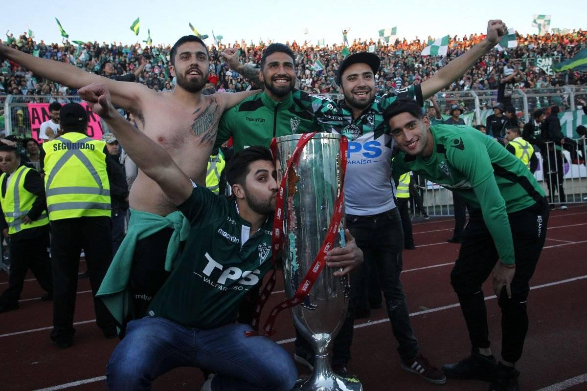 Wanderers celebró con sus hinchas / imagen: Photosport