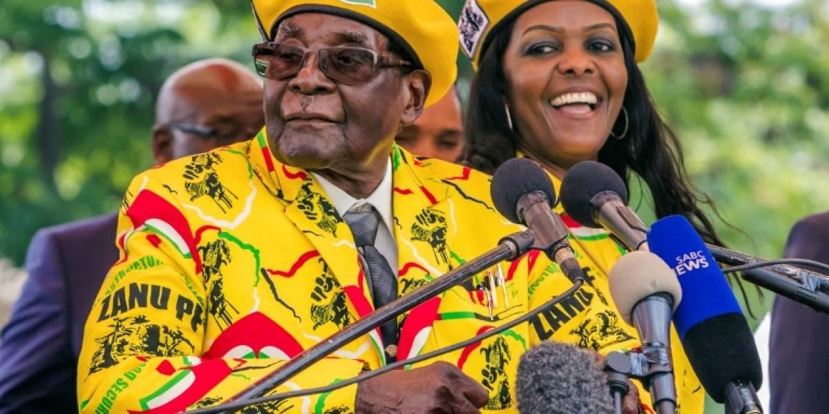Las excentricidades del matrimonio Mugabe en un Zimbaue hambriento