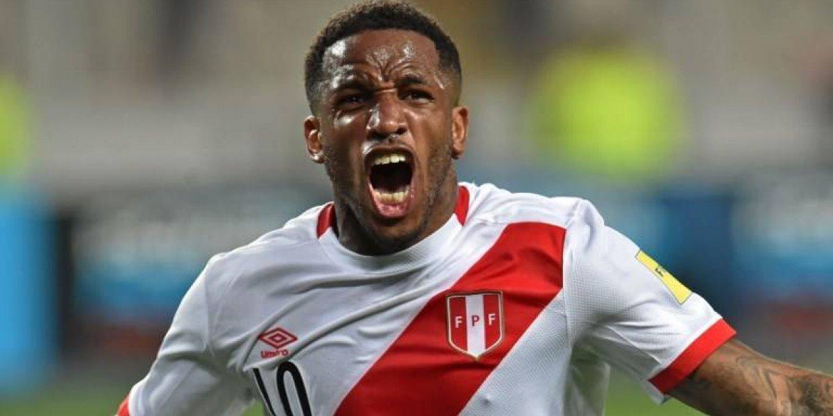 Escándalo: Farfán golpeó a un hincha peruano fuera de una discoteque tras clasificar al Mundial