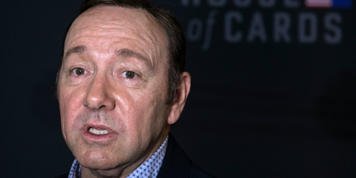 Juez niega solicitud de Kevin Spacey para no comparacer por cargos de abuso sexual