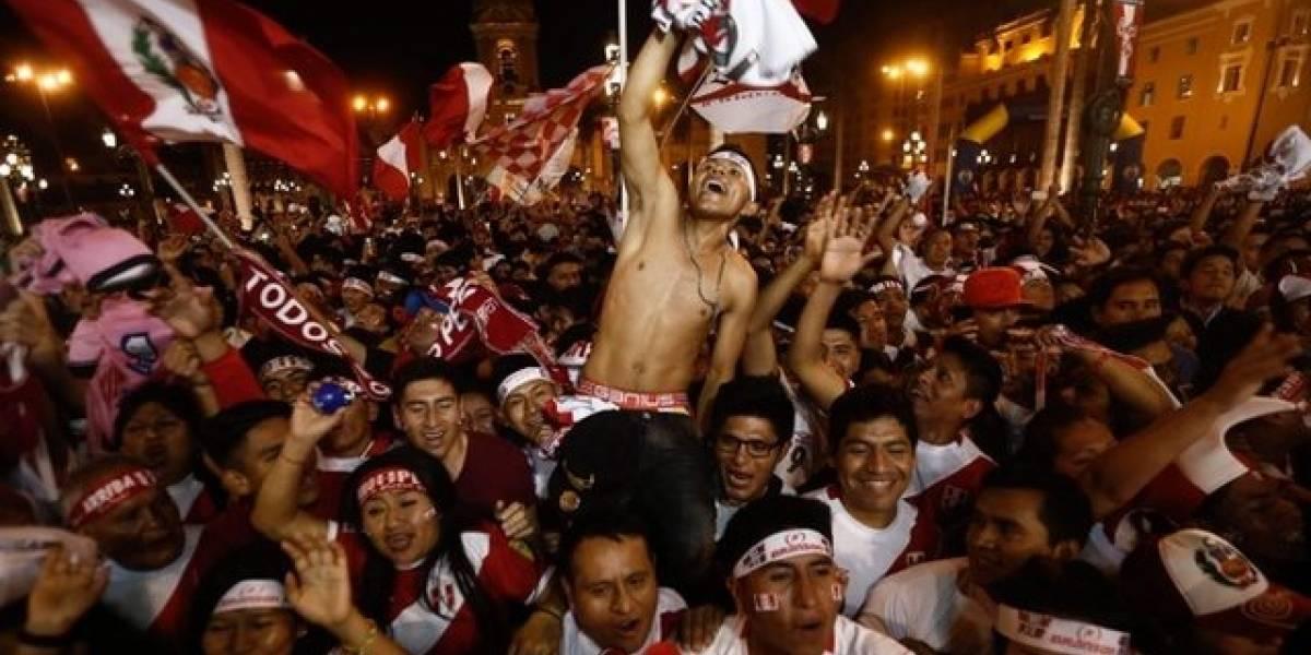 Las imágenes de la alegría incontenible de Perú por la histórica clasificación de su selección para el Mundial de Rusia 2018
